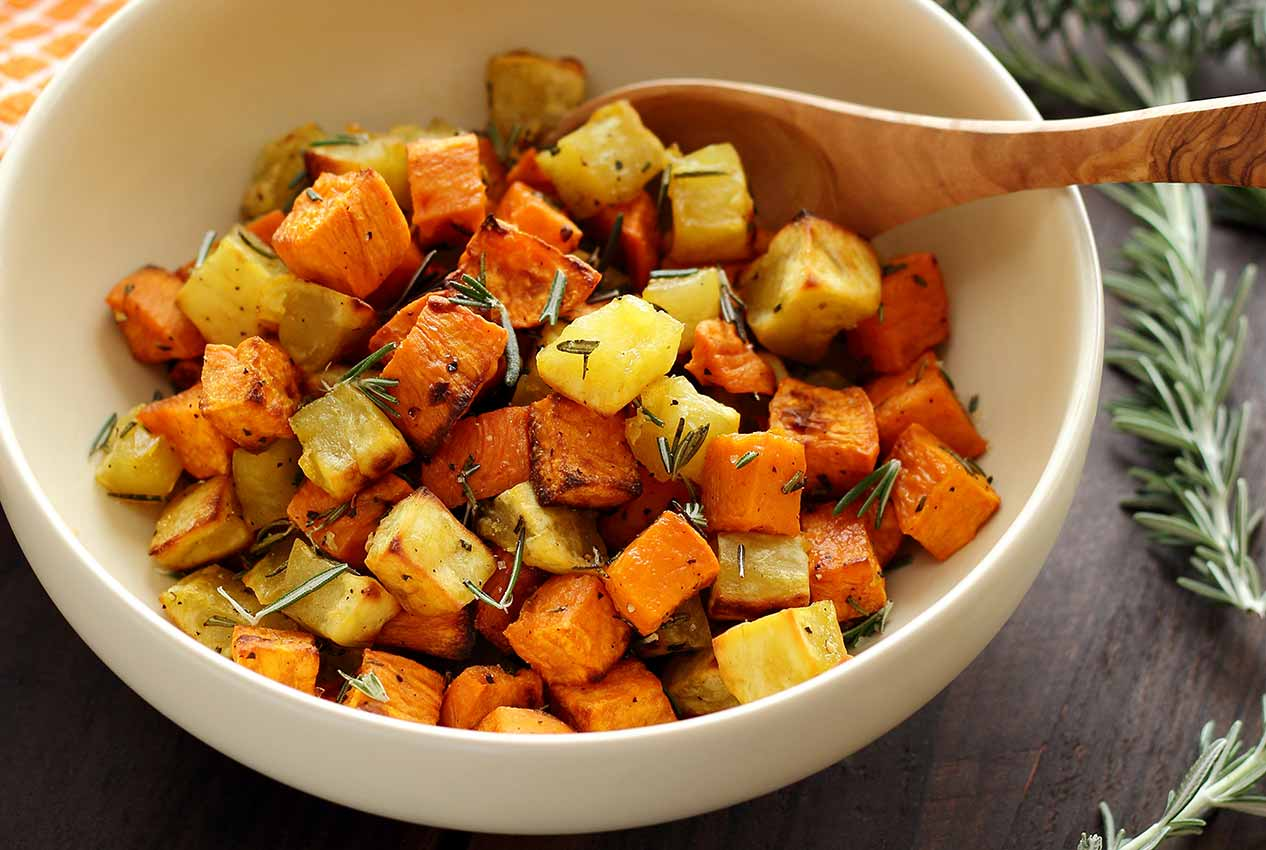 Paleo Roasted Rosemary Sweet Potatoes Recipe | Paleo Newbie