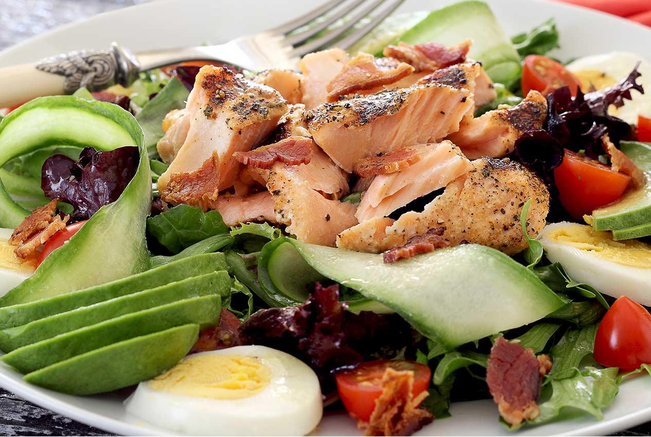 Paleo Grilled Salmon Salad With Honey Lime Vinaigrette Paleo Newbie